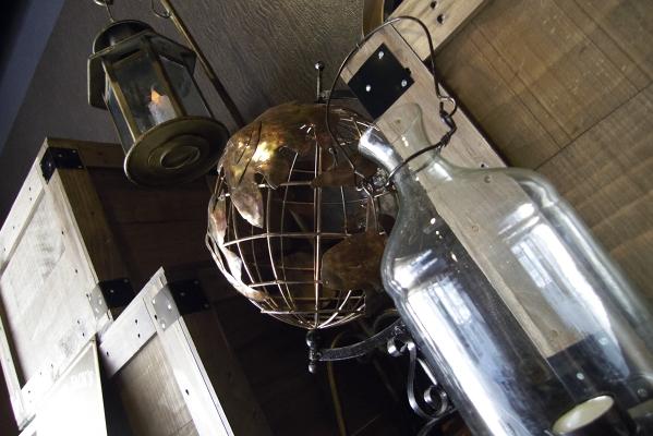 LEICA D-LUX 4 F2 ISO200 1/30sec.
