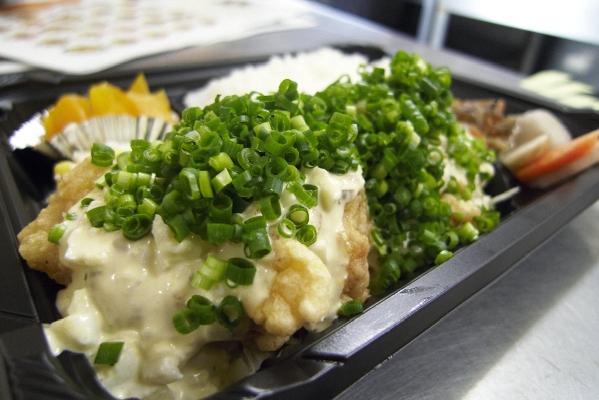 ひふみ亭・鶏弁