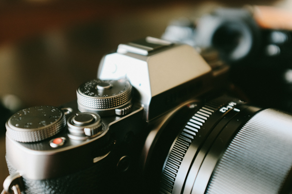 山本写真機店・ONA・カメラバック・FUJIFILM X-T1 グラファイトシルバー エディション