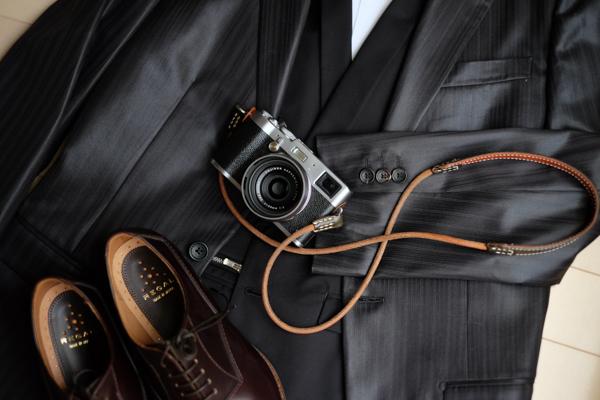 FUJIFILM X-T10とX100Tとスーツとシャツと靴