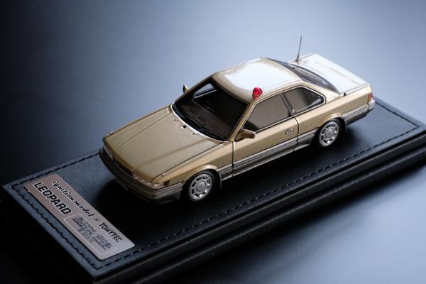 ignition model×TOMYTEC 1/43 T-IG4301 『あぶない刑事』 港303号 レパード アルティマ(金)・ignition model×TOMYTEC 1/43 T-IG4302 『あぶない刑事』 港3号 レパード アルティマ(紺)