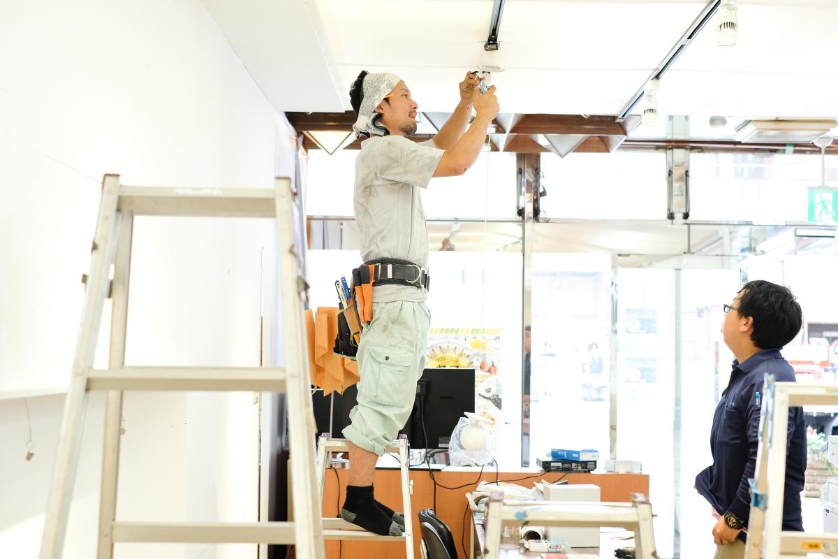唐戸商店街に開設する創業支援カフェ「KARASTA.」から唐戸女子まつりのお知らせ!