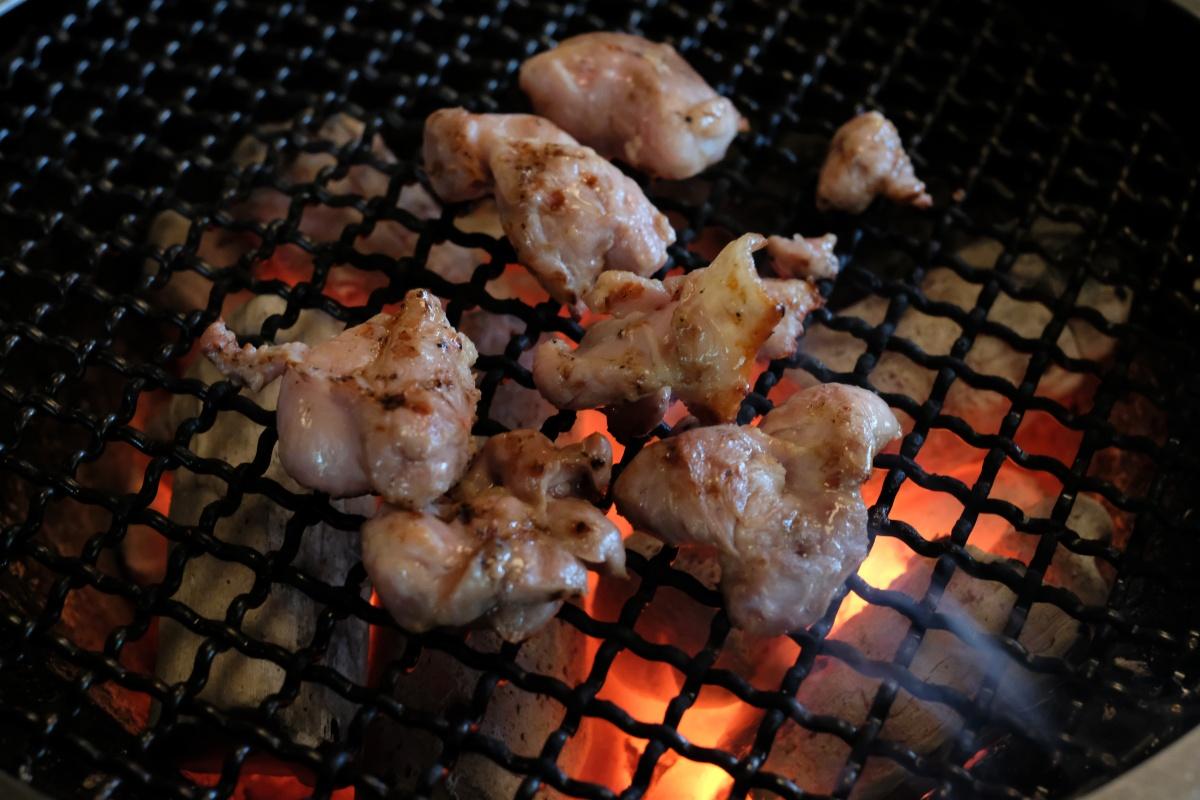湯布院で美味しい地鶏を食べるならやっぱり「地鶏炭火焼 塚原の里」