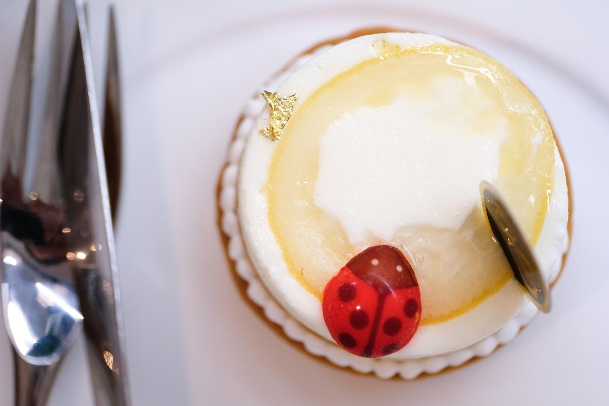 包装シュークリームが有名な「KOGETSUDO」でカフェ