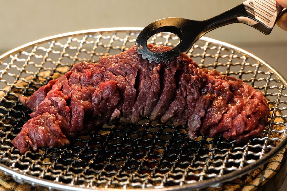 極上焼肉だんく今度のオススメは「至福の厚切り丸太サガリ」