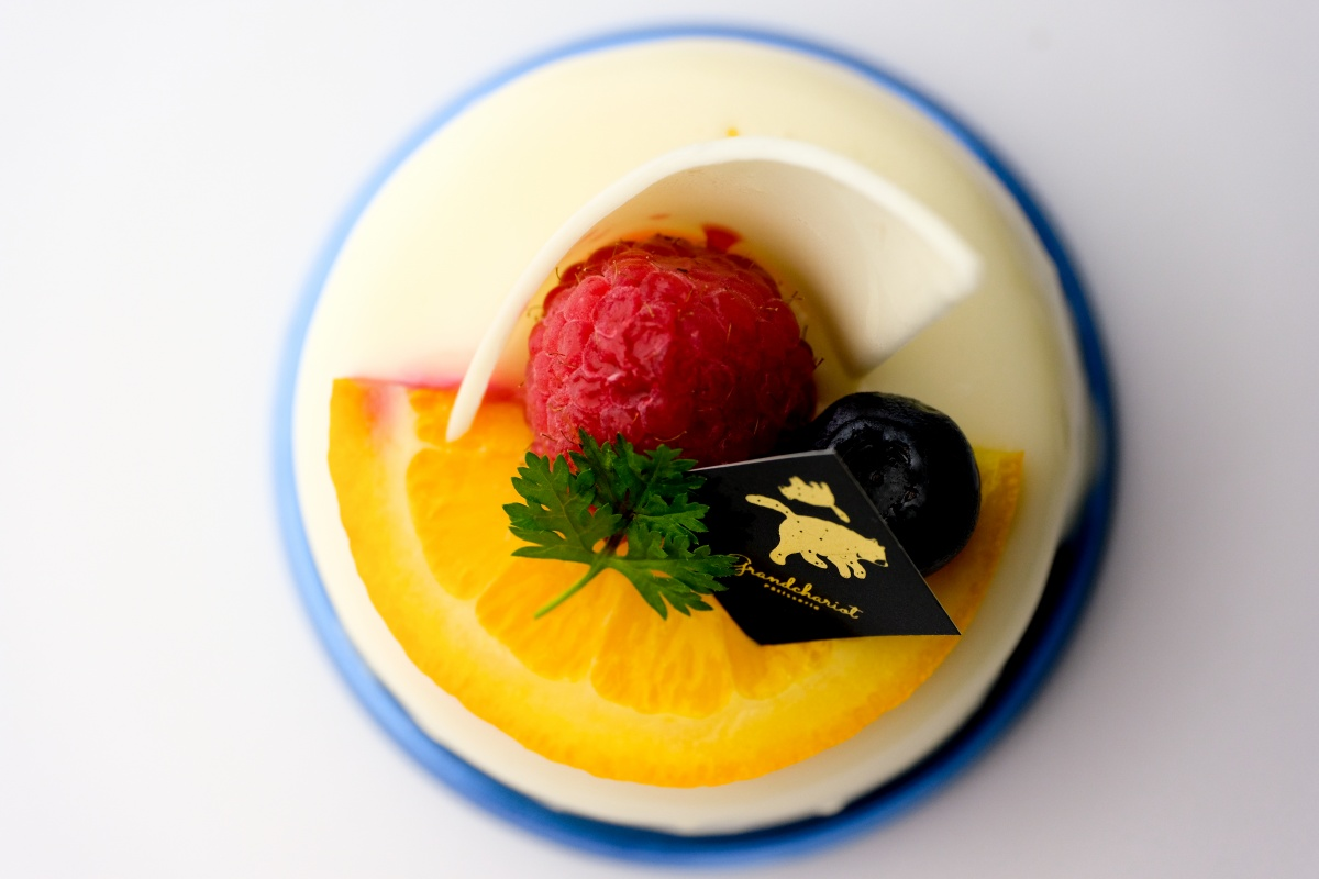 大人のスイーツタイム!グランシャリオのケーキに合うオリジナルカクテルを福岡で修行したバーテンダーがつくる、スイーツバル・グランシャリオ!