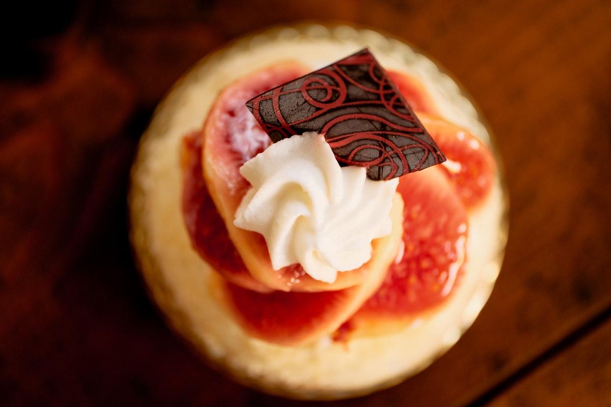 何のお祝い事も無いけど、良太郎さんのケーキが食べたくなって!