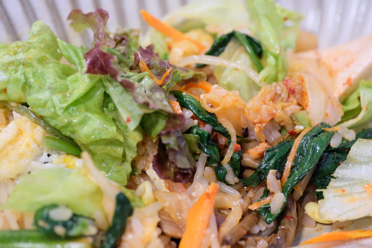 昨日食べた「十穀米のサラダピビンバ」が美味すぎて、今日も来た(笑)