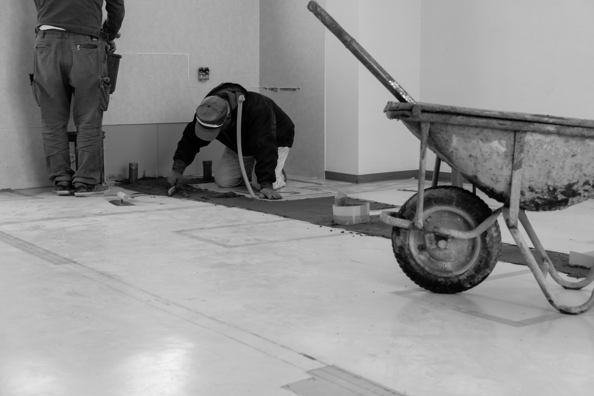 来月下関市綾羅木本町に新規オープンする美容室!工事二日目給排水工事!