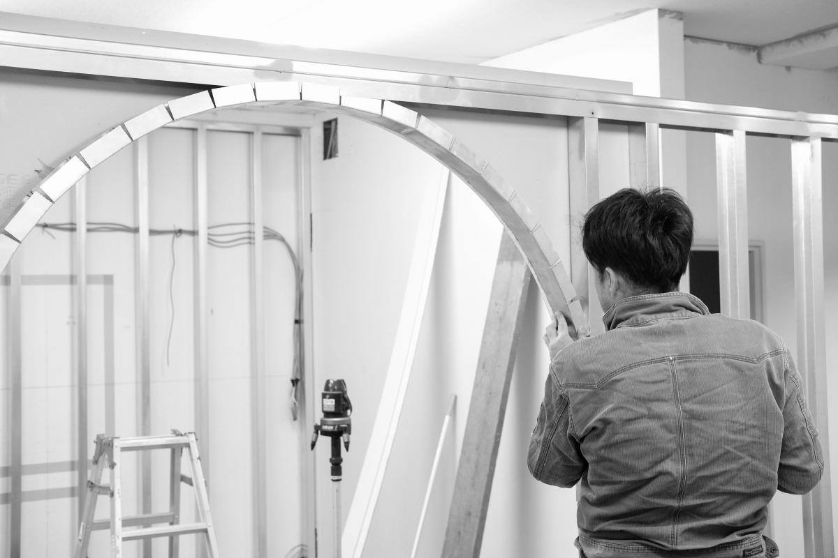 アールの入口が印象的な下関市綾羅木本町にオープンする美容室!