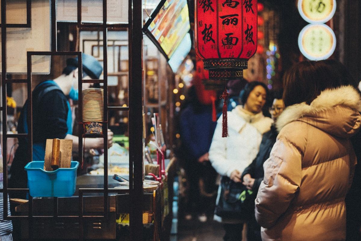 第七話「100年前の古い街並みを再現したテーマパーク安東老街」atafutaアウトバウンド中国編!