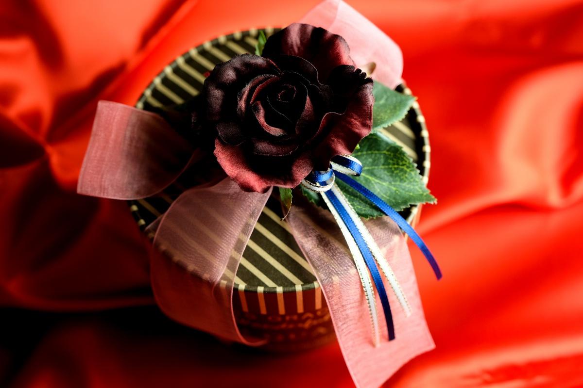今年のバレンタインデーは菓子工房na.nanのチョコレートで「愛の魔法」をかけてみましょう!
