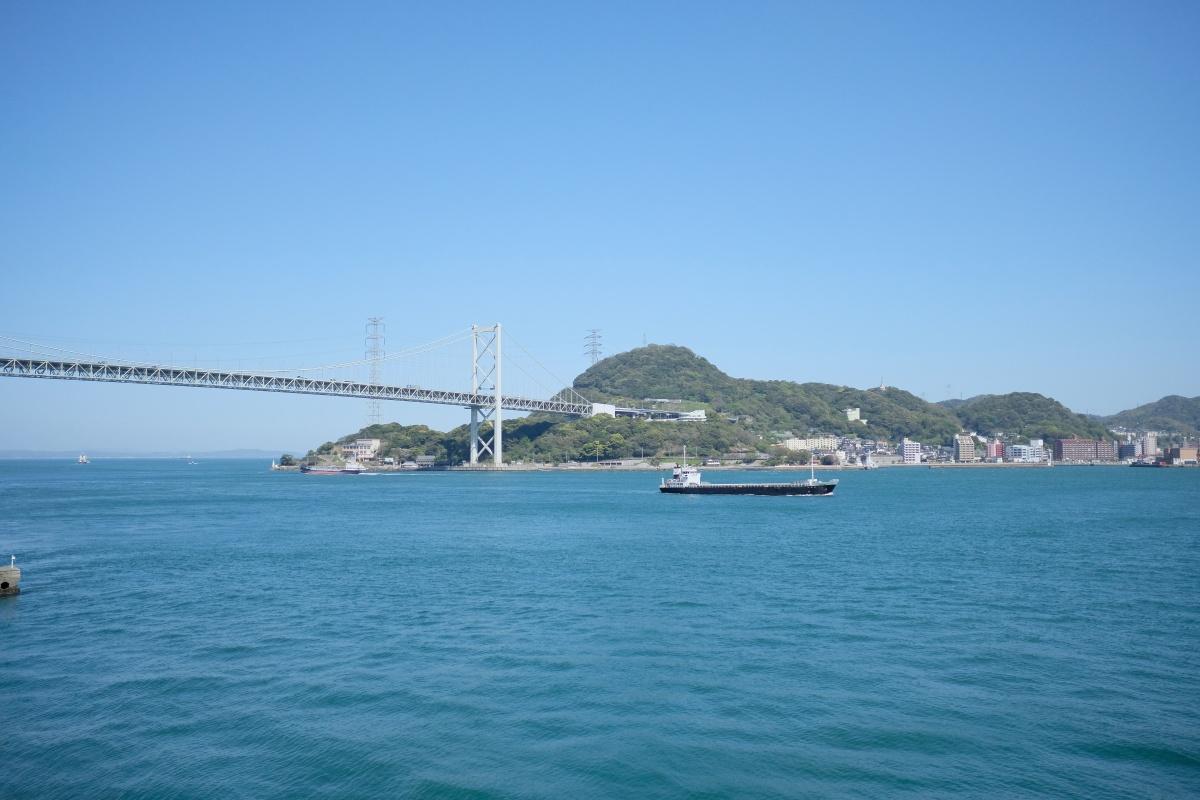 山口県出身グラフィックデザイナーの巨匠 新村則人先生と関門橋が見える特別な場所で新プロジェクト始動!