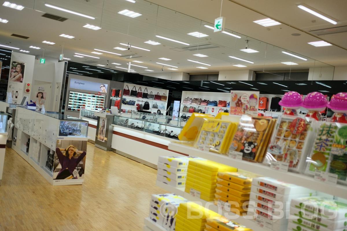 小倉にある大型免税店に潜入!小倉城では日本の美しい文化にふれてもらった