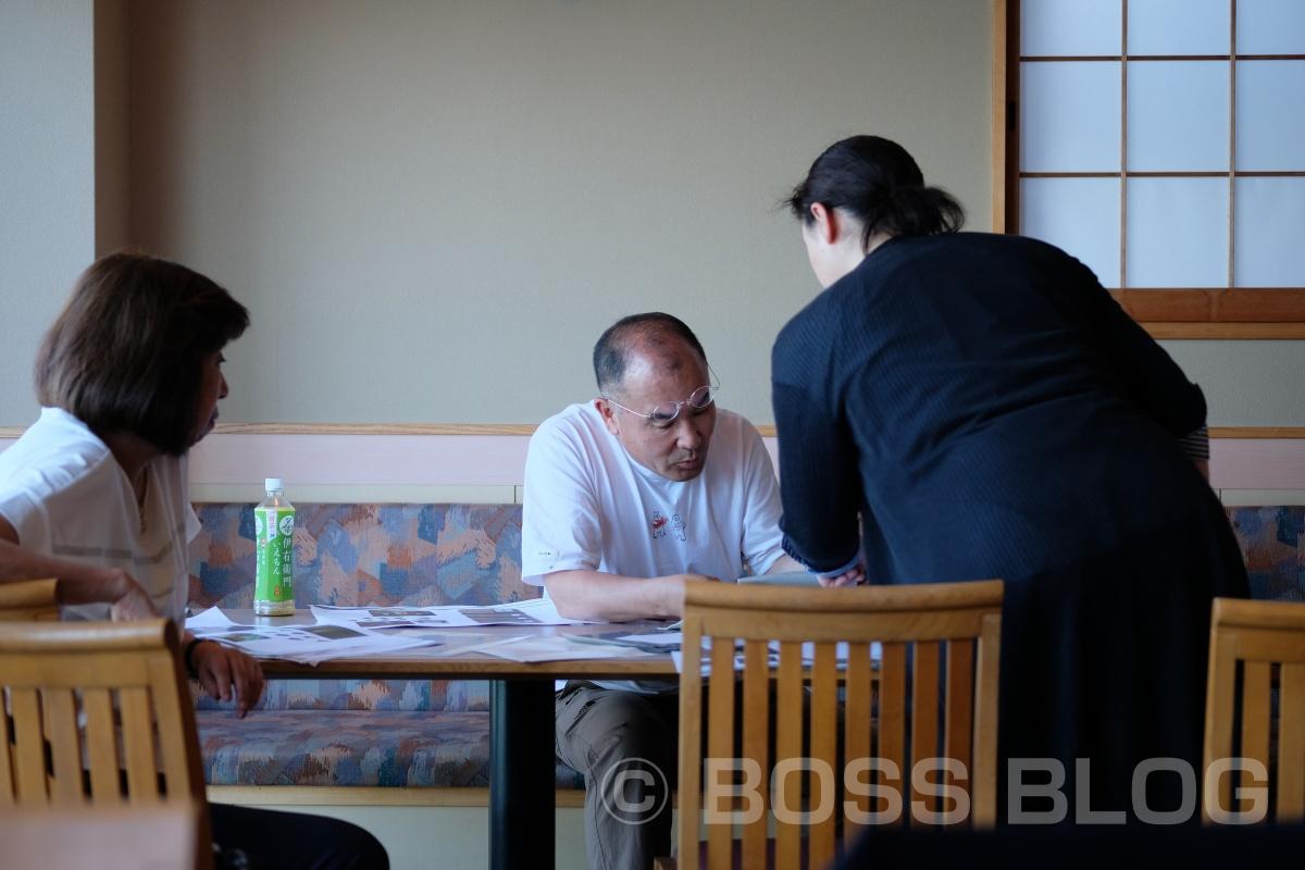 山口県出身グラフィックデザイナー新村則人先生の仕事を間近で見られるコトに感謝