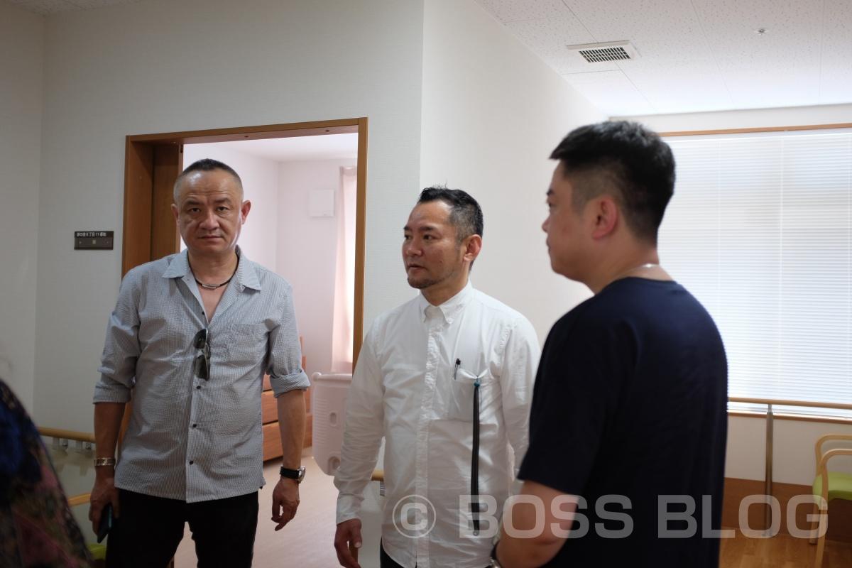 先日上海で行われた建築デザインのイベントでお世話になった陳社長達を日本の建築現場と福祉の現場にご案内