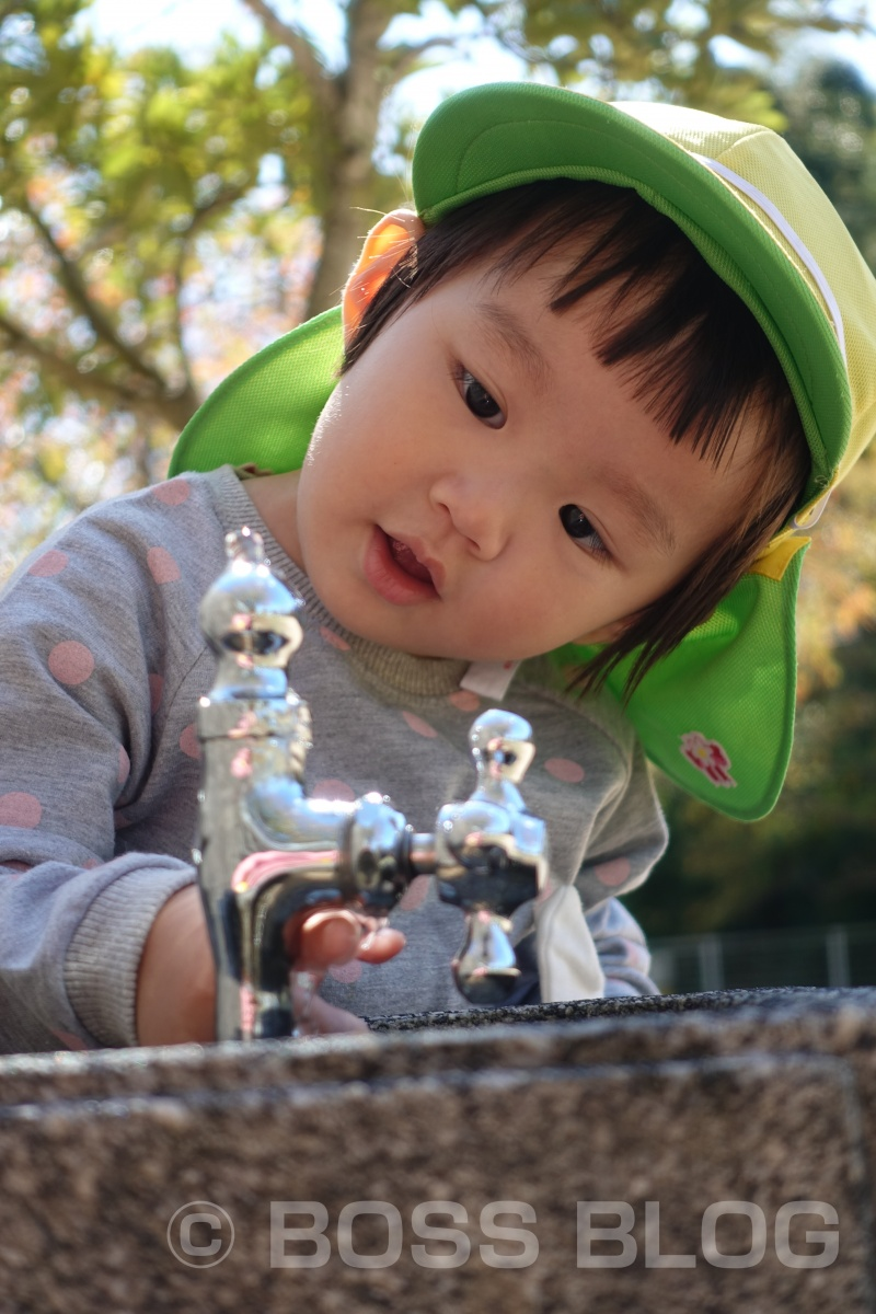 SONY DSC-RX100M5で撮る「公園で遊ぶ姫ちゃん」
