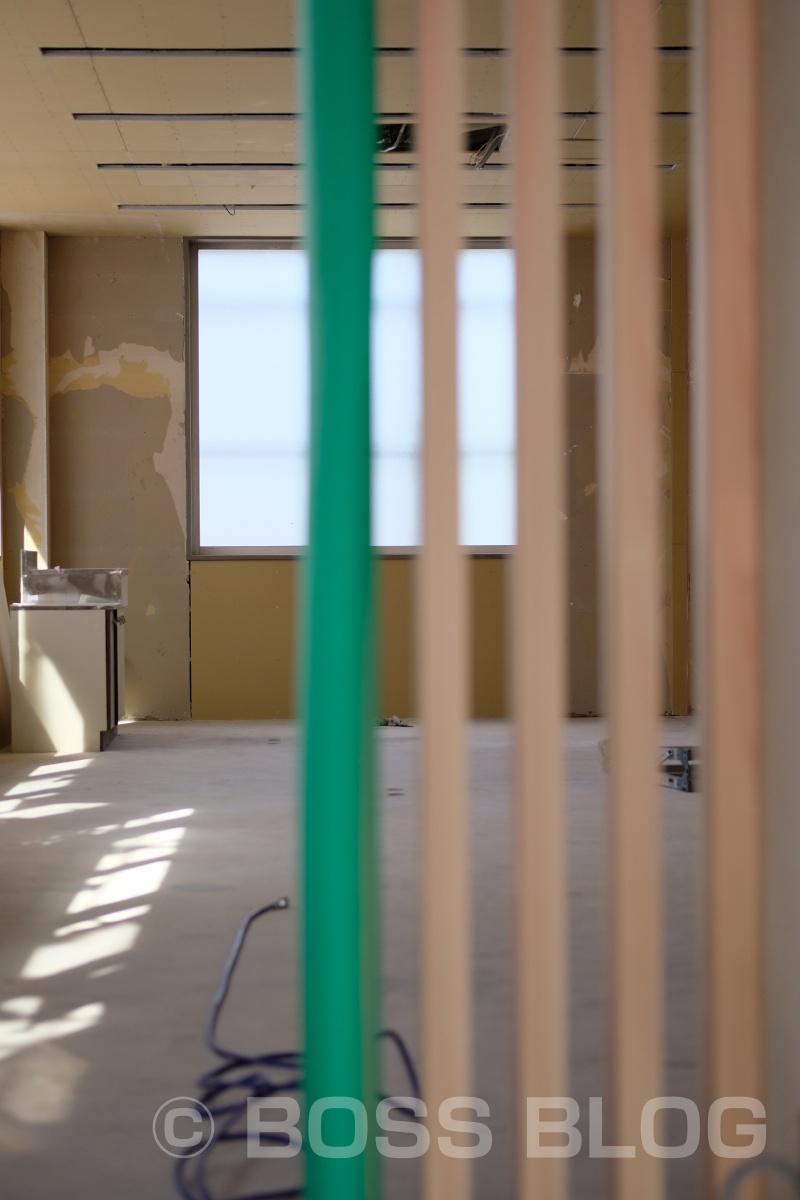 内部造作完了、外装材の乱尺貼りもイイ感じ。有限会社 冨田工務店
