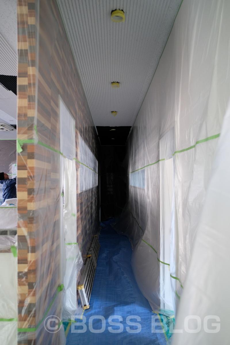 今度のデザインルームは「黒」に塗ります(笑)
